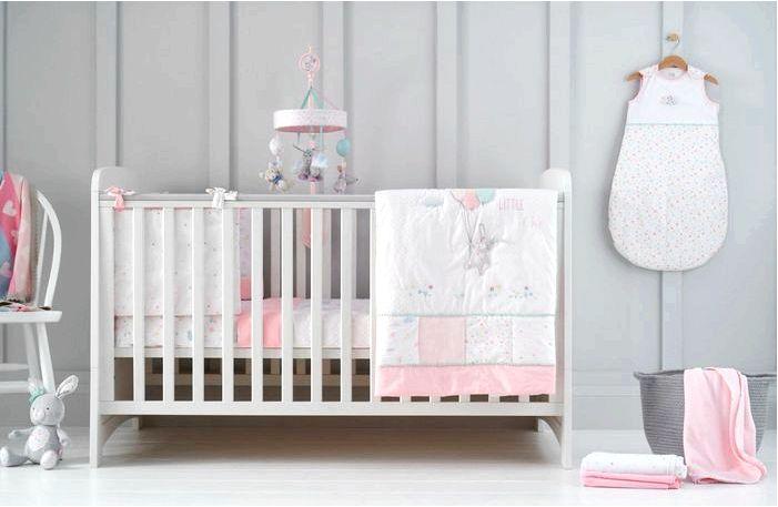 Спокойный и комфортный сон ребенка - только в соответствующей возрасту кровати