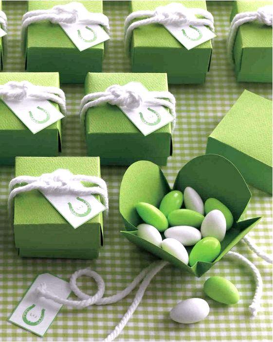 Як правильно купити подарунок на весілля?